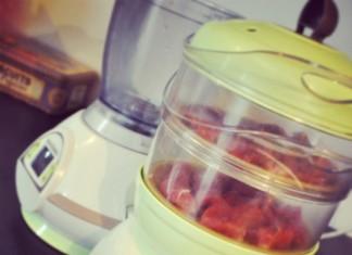 Préparer la viande de bébé pour petits pots et purées avec le Nutribaby
