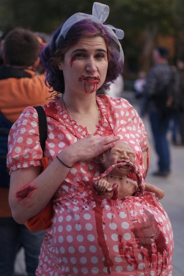 top 10 des costumes halloween les horripilants pour femmes enceintes. Black Bedroom Furniture Sets. Home Design Ideas