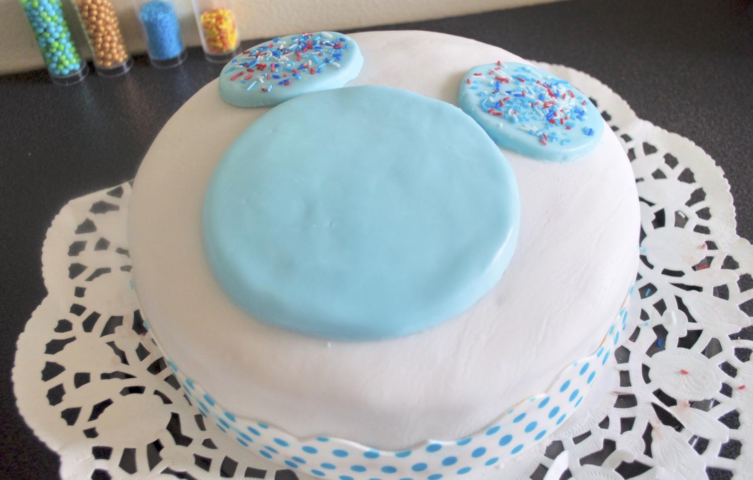 gateau anniversaire facile enfants mickey pate a sucre
