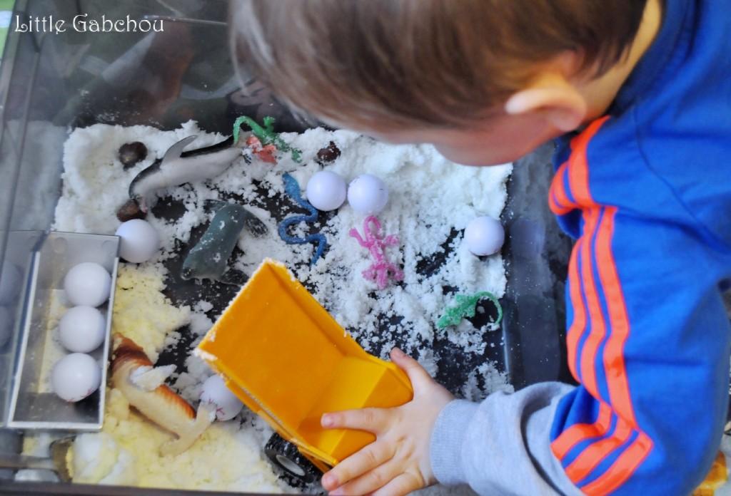 jeu enfant bas sensoriel neige thème hiver