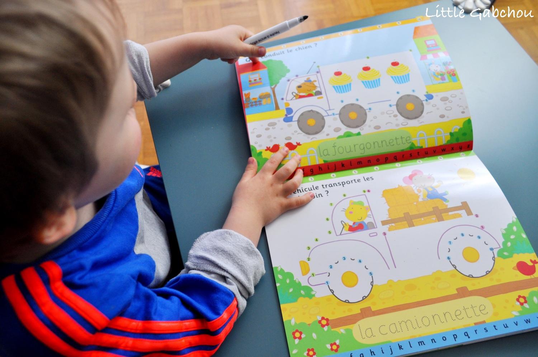 livre e activités pour enfant 3 ans et plus, relier les points