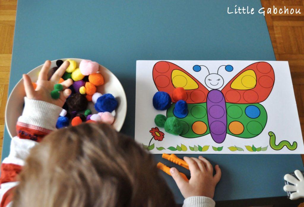 montessori assortir les-couleurs a la pince
