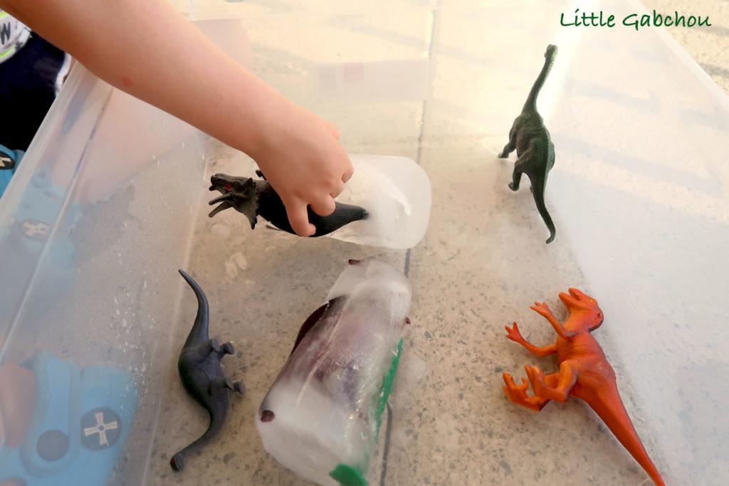 activite-dinosaures oeufs de dinosaures
