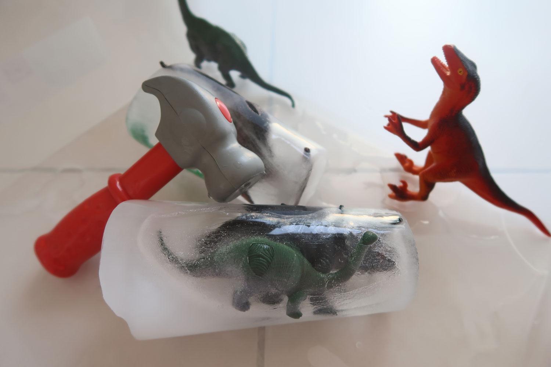 Extrem Activité sensorielle avec de la glace: les oeufs de dinosaures JF08