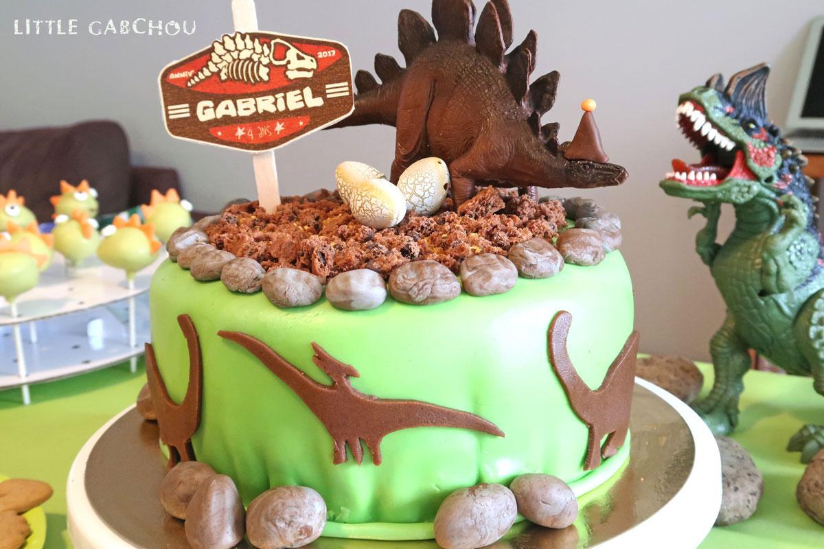 Super Fête d'anniversaire sur le thème des dinosaures pour les 4 ans de  YU39