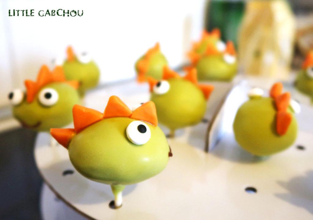 cake pops dinosaures