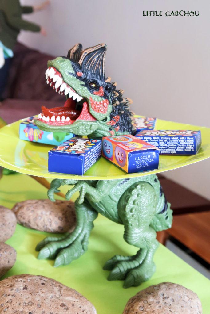 idées de décoration anniversaire dinosaures