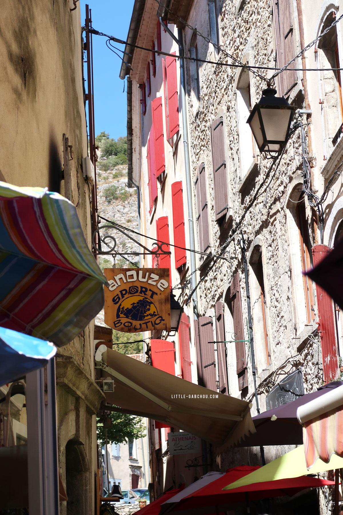 les rues du centre historique d'Anduze