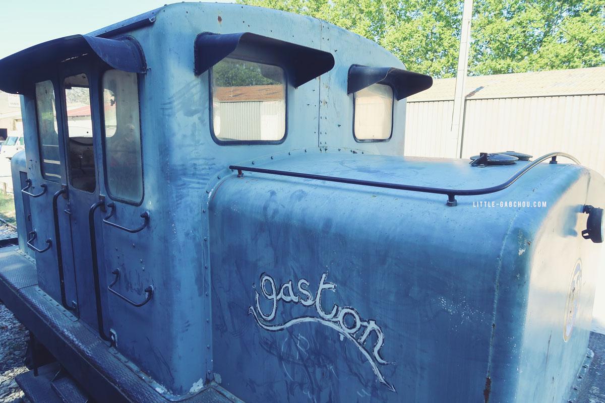 Vieux wagons abandonné à la gare d'Anduze