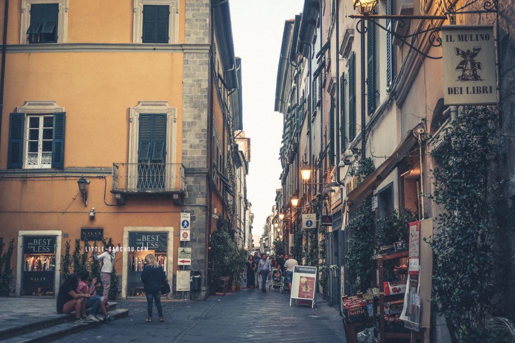 ballade sarzana italie en ligurie