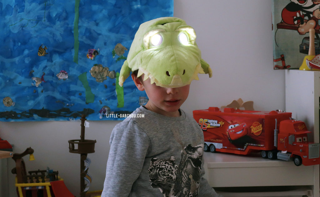 idée cadeau petit garçon casquette dinosaure
