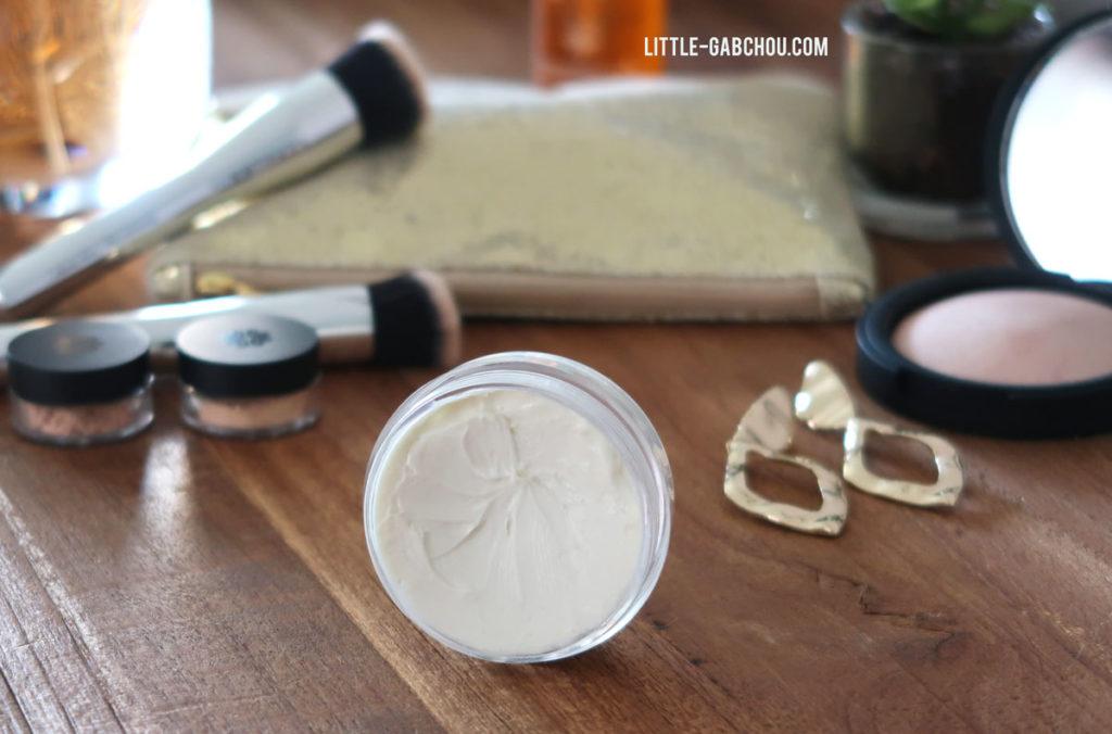 recette de crème faite maison pour le contour de l'oeil