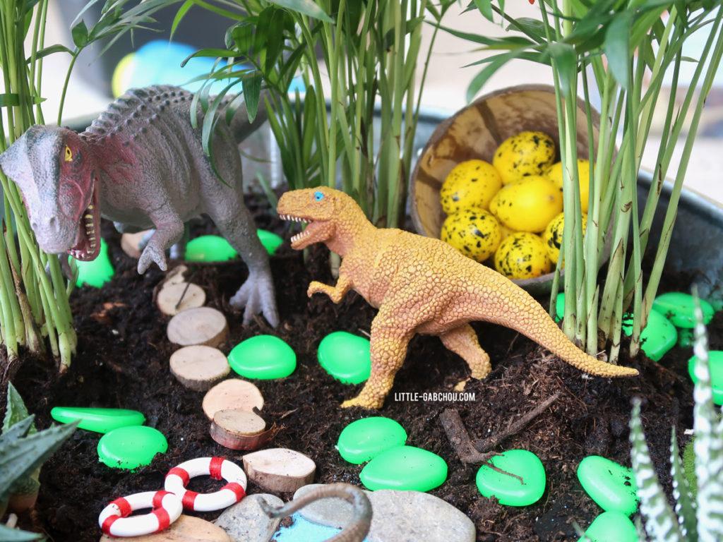 activités enfant créer son jardin miniature dinosaures