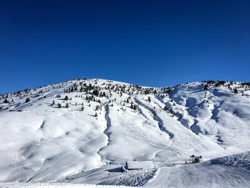 skier à Notre Dame de Bellecombe
