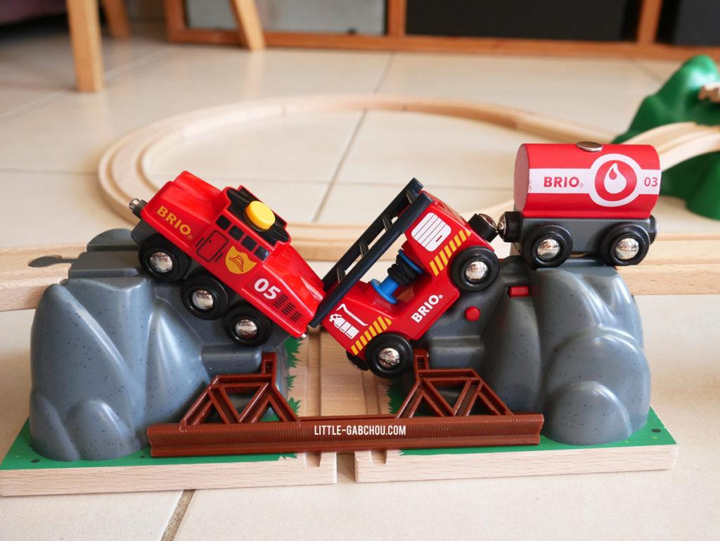 pont catastrophe jouet en bois Brio