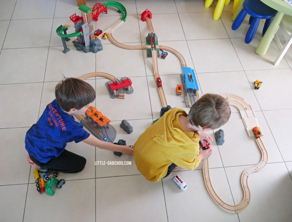 test circuits en bois Brio World