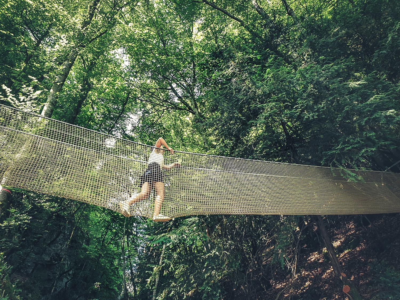 Idée de sorties en famille près d'Annecy la grottes et cascades de Seythenex