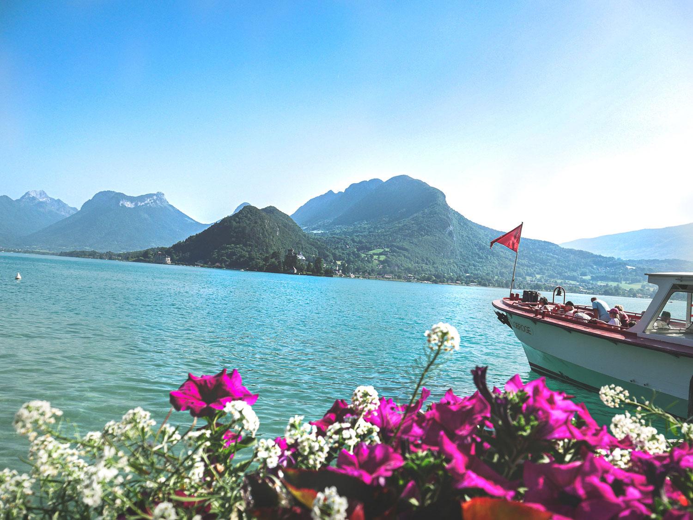 Que faire à Annecy en famille: croisière sur le lac d'Annecy