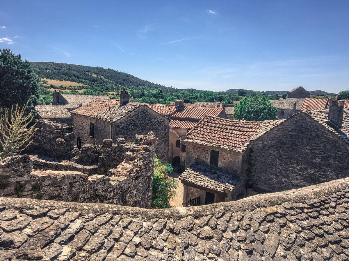 La Couvertoirade village médiéval Templiers dans le Larzac