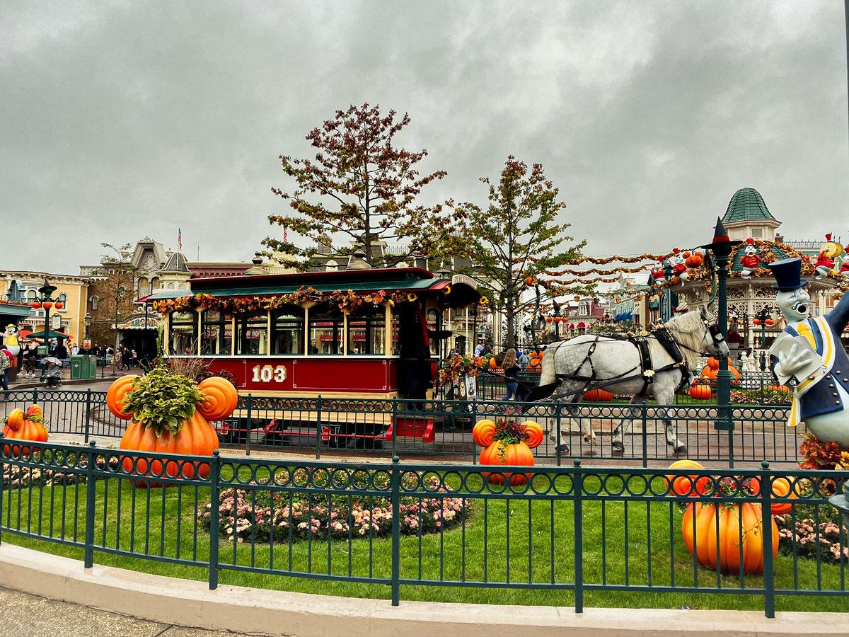 L'ambiance magique de Disneyland Paris pendant la période d'Halloween