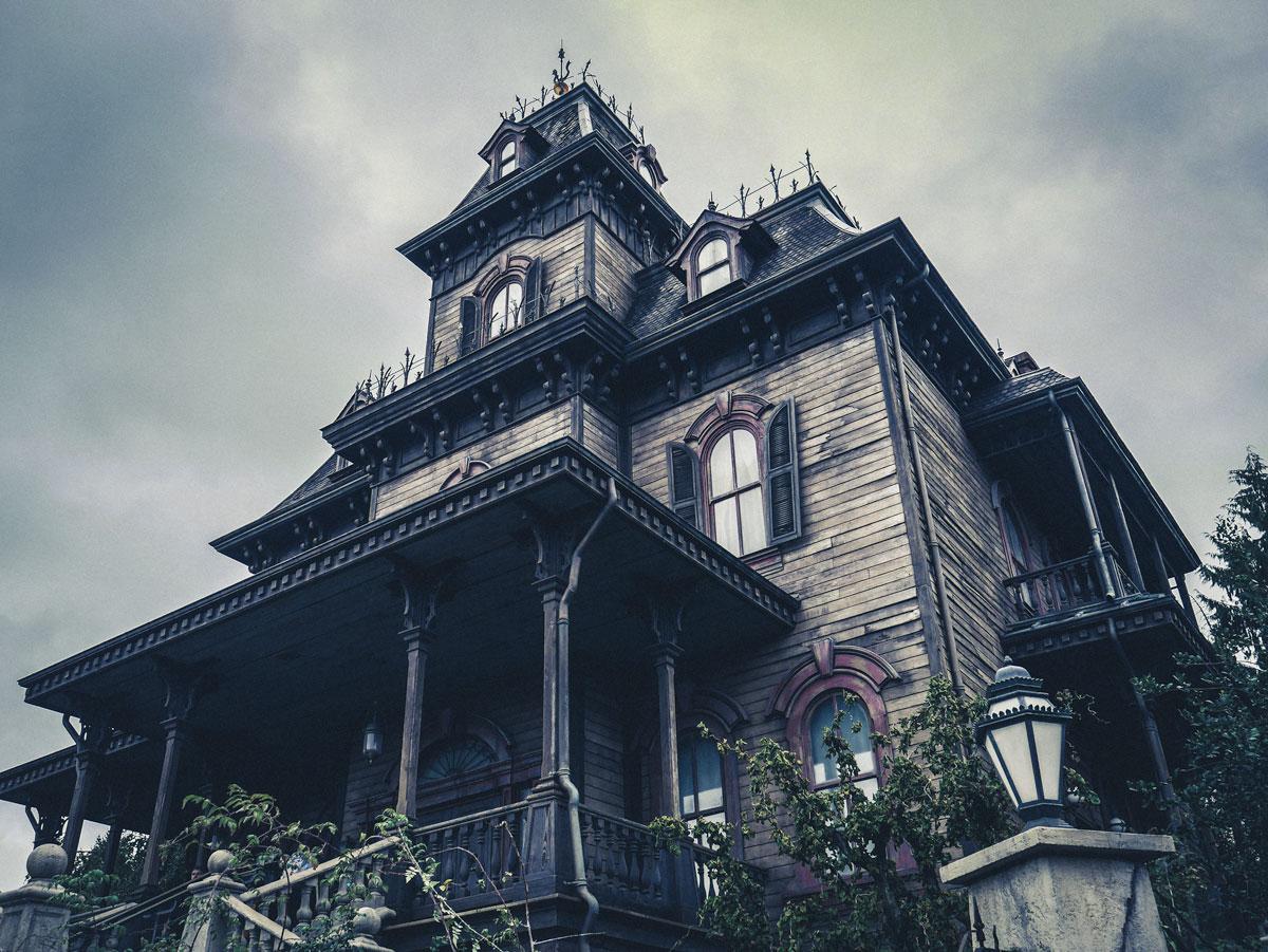 Disneyland Paris et son manoir hanté pour Halloween