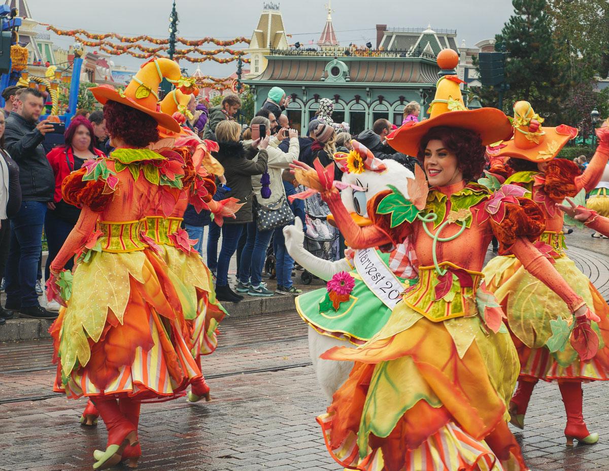 Spectacles et évènement à Disney pendant l'automne et Halloween