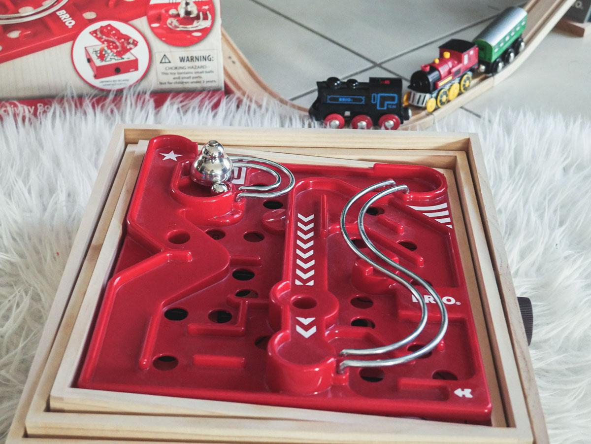 Jeu de labyrinthe en bois de Brio et sa planche en 3D test et avis