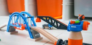 Test et découverte de la grue de chargement de conteneur et du point levant Smart Tech de Brio.