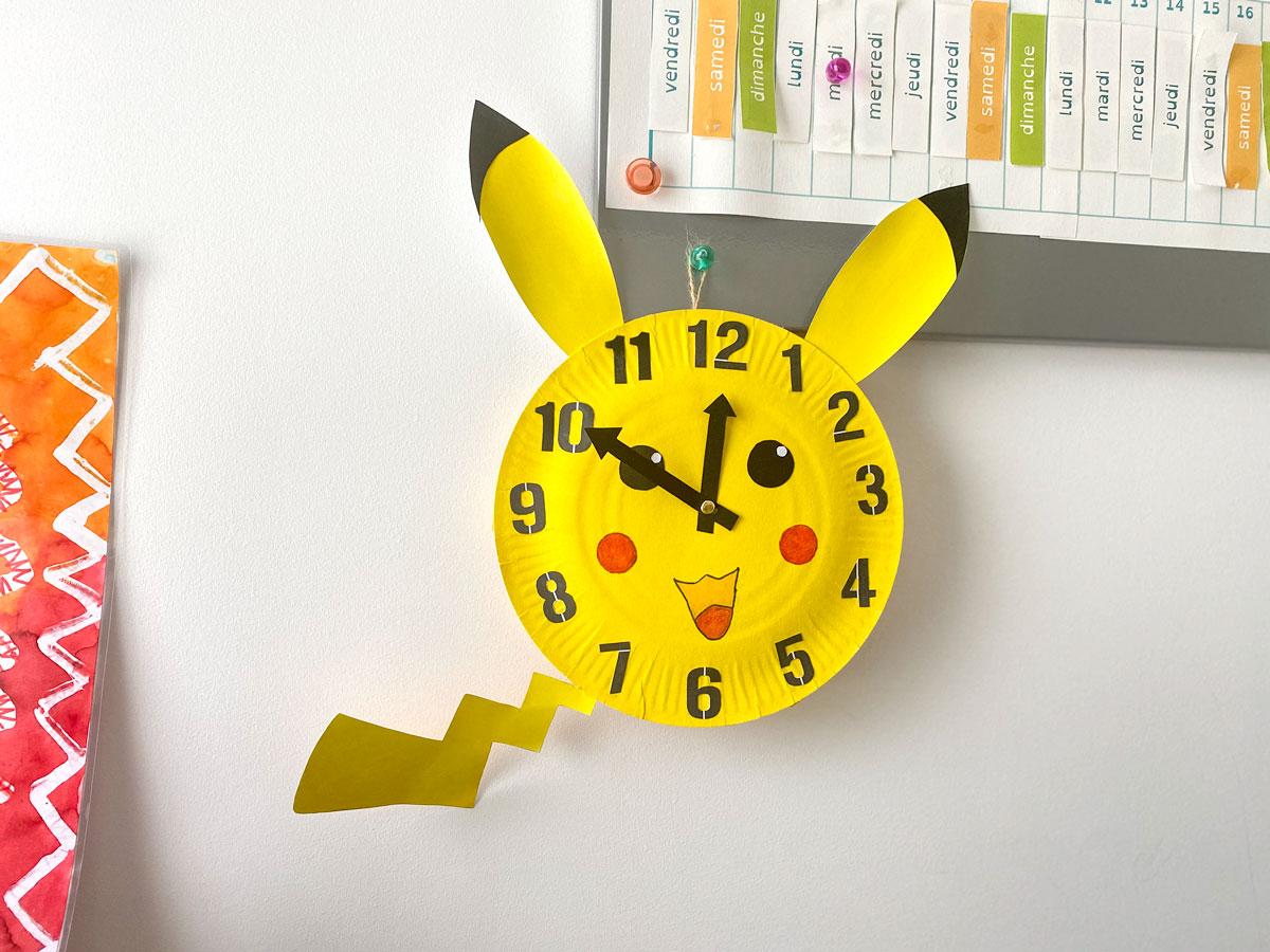 Activité manuelles avec les enfants pour fabriquer une horloge maison Pokémon et apprendre à lire l'heure facilement