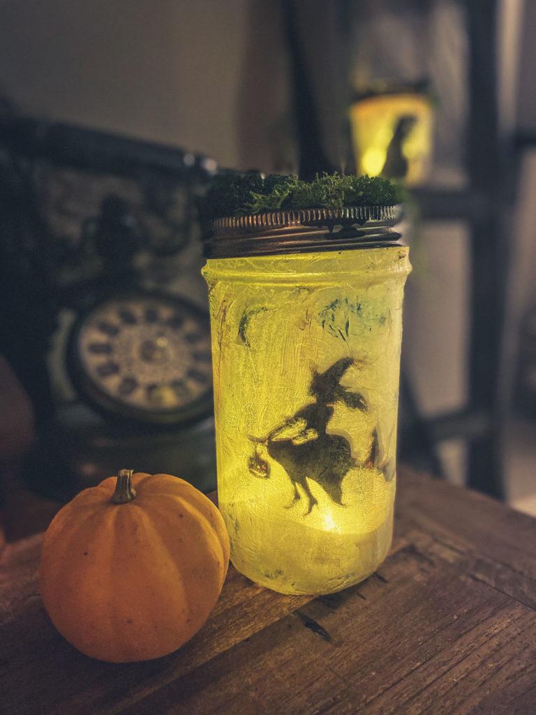 Tuto créer des lanternes bocaux ensorcelées pour Halloween