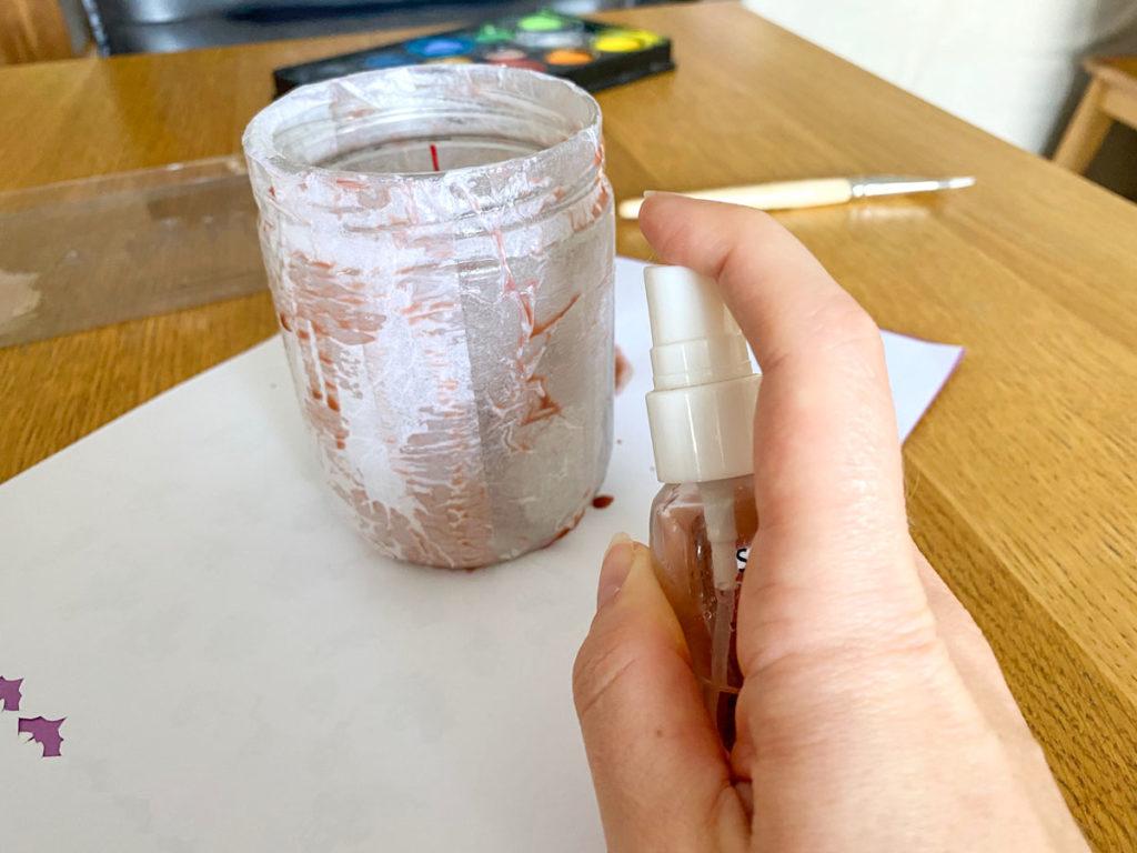 DIY: des bocaux lanternes ensorcelés pour Halloween