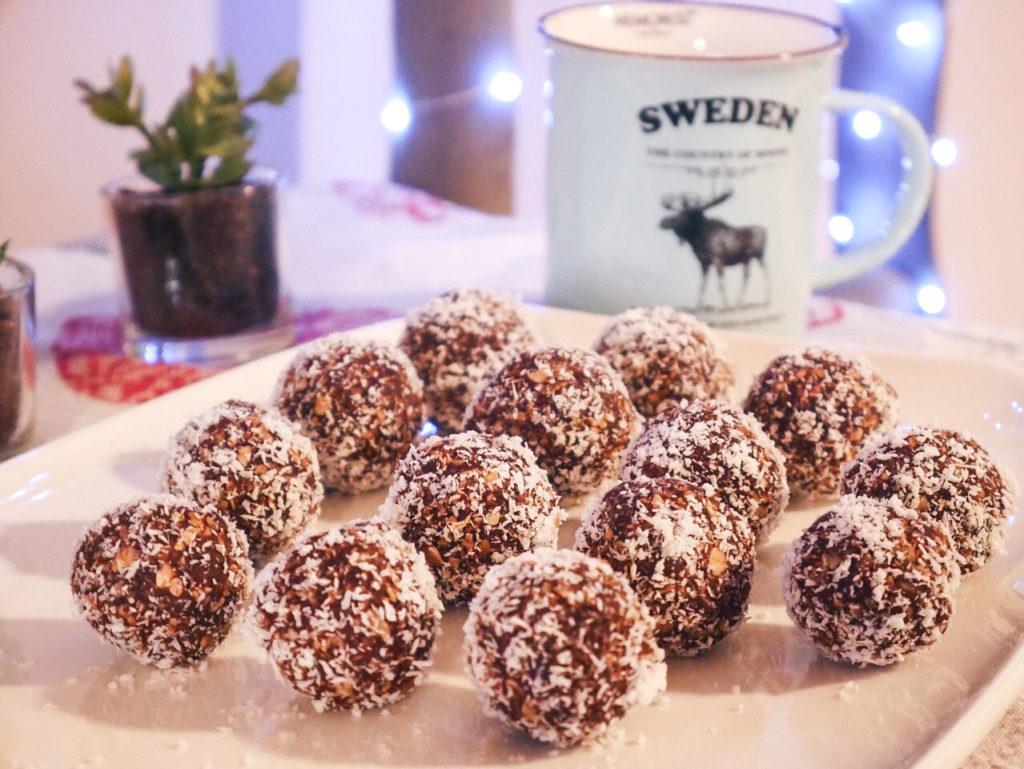 chokladbollar recette de gâteaux suédois avec du café